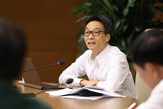 COVID-19: вице-премьер приказывает активизировать контроль над людьми, приезжающими из-за границы hinh anh 1