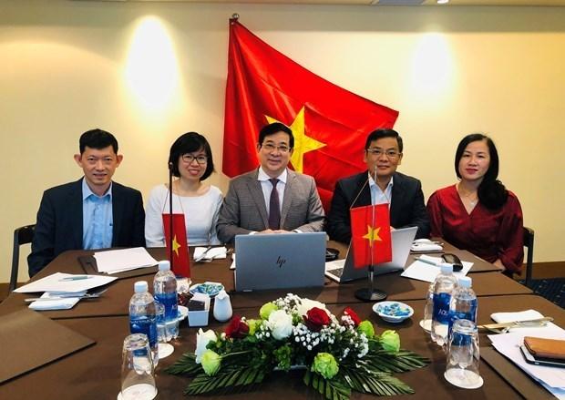 Вьетнам делится опытом борьбы с COVID-19 hinh anh 1