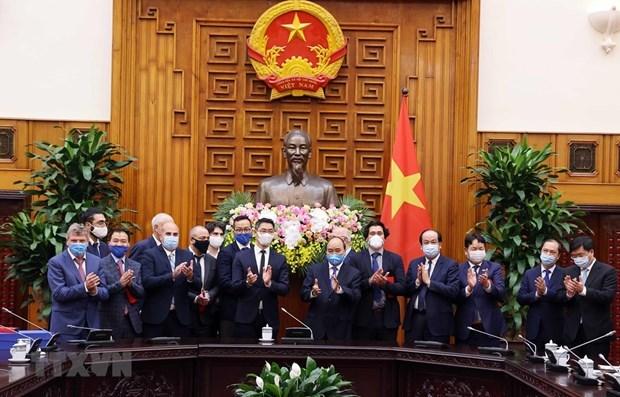 Премьер-министр принял бывшего вице-канцлера ФРГ hinh anh 1