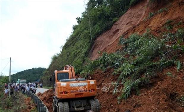 Обсуждена система раннего предупреждения о стихииных бедствиях hinh anh 1