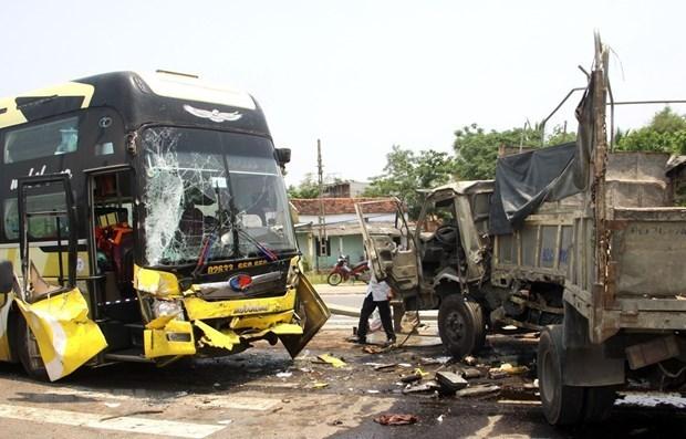 За 4 дня праздников произошло 111 дорожно-транспортных происшествии hinh anh 1