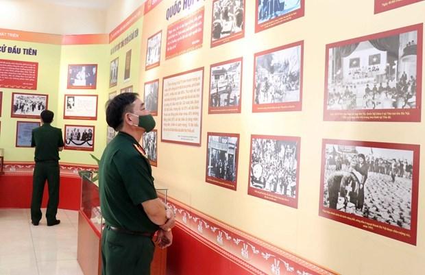 Выставка, посвященная Национальному собранию, открылась в Хошимине hinh anh 2