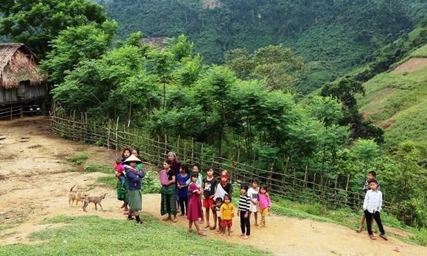 Дакнонг стремится улучшить материальную и духовную жизнь этнических меньшинств hinh anh 1