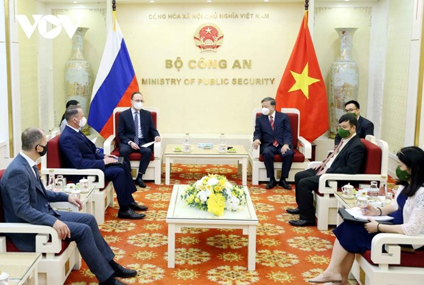 Вьетнам и Россииская Федерация укрепляют сотрудничество в сфере предотвращения преступности hinh anh 2