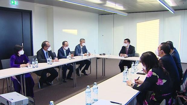 Председатель НС прибыл в Австрию на пятую всемирную конференцию спикеров парламентов hinh anh 2