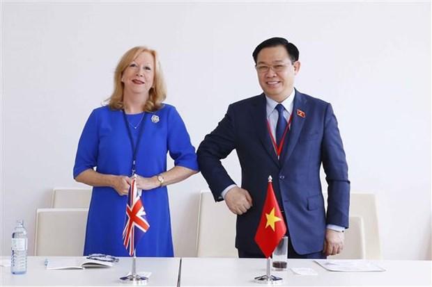 Председатель Национального собрания Выонг Динь Хюэ совершил высокопоставленные встречи в кулуарах WCSP5 hinh anh 4