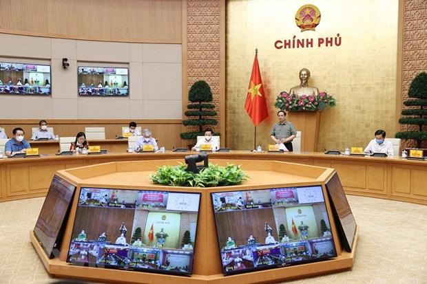 Премьер-министр: Не допустить субъективности, спешки при восстановлении производства и бизнеса hinh anh 2