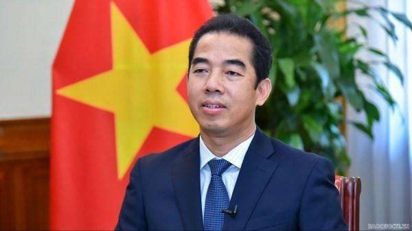 Визит в Европу председателя Национального собрания (НС) Выонг Динь Хюэ превзошел все ожидания hinh anh 1
