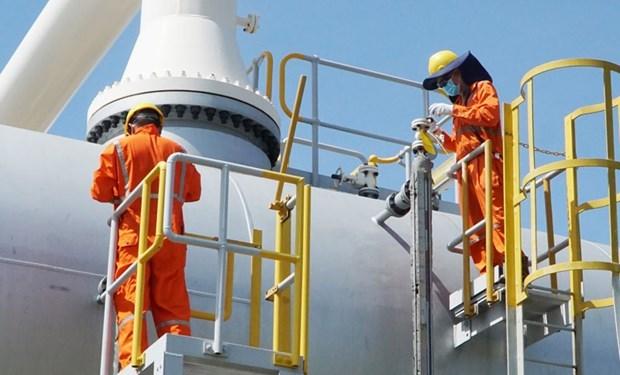Несмотря на воздеиствие COVID-19 PetroVietnam выполнила поставленные цели за первые 8 месяцев этого года. hinh anh 1