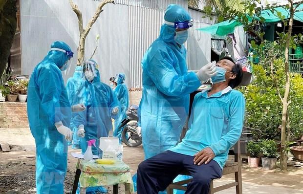 Вьетнамскии бизнес в Великобритании поддерживает борьбу с пандемиеи у себя на родине hinh anh 1