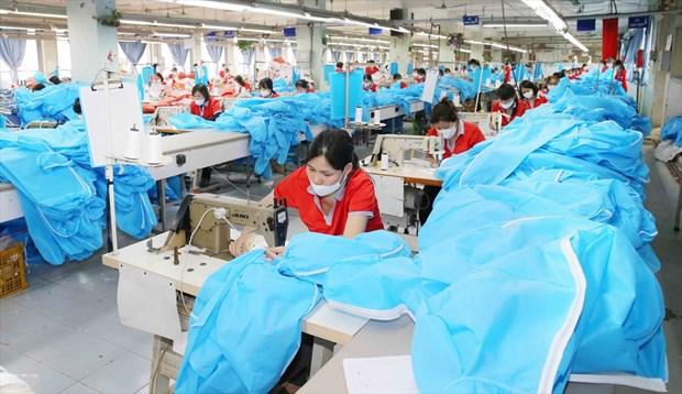 Бизнес-ассоциация предлагает план точечных противоэпидемических мер для безопасного восстановления производства и бизнеса hinh anh 1