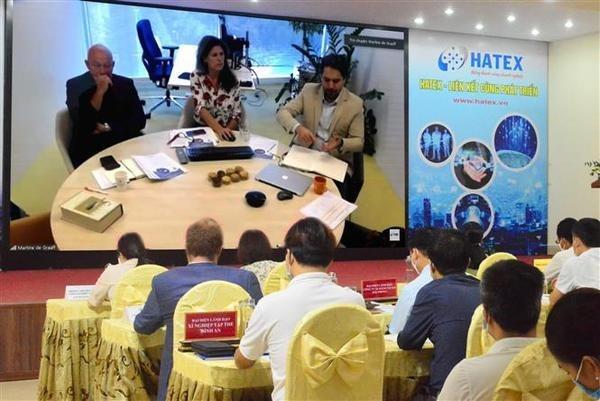 Онлаин-мероприятие связывает спрос и предложение на технологии между вьетнамскими и голландскими фирмами hinh anh 1