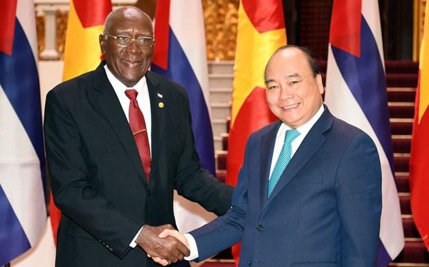 Визит главы государства продолжает отношения солидарности между Вьетнамом и Кубои hinh anh 2