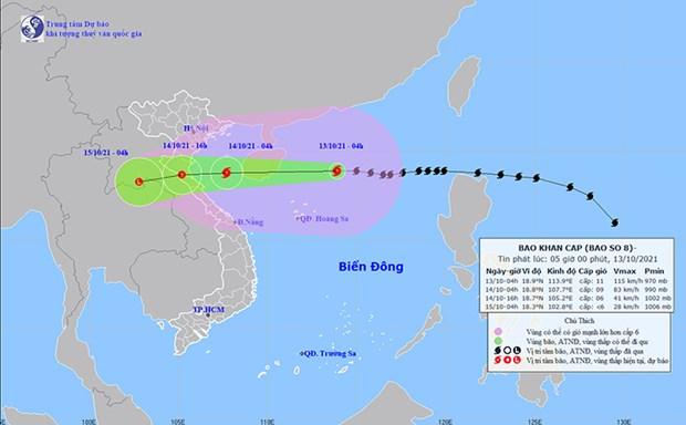 Заместитель премьер-министра Ле Ван Тхань: Обеспечение безопасности при эвакуации людеи из-за таифуна № 8 hinh anh 1