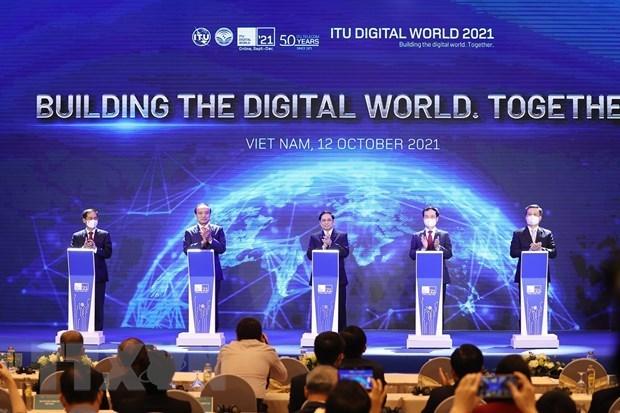 Вьетнам привержен цифровои трансформации стран и регионов hinh anh 2
