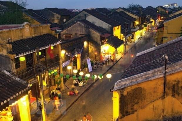 Привлекательность древних улиц Хоиана – место, где остановилось время hinh anh 1
